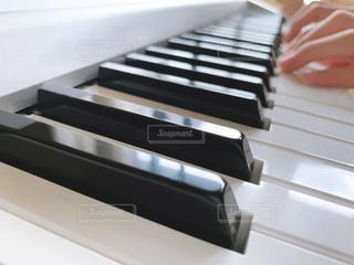ピアノ鍵盤の写真・画像素材[2708625]