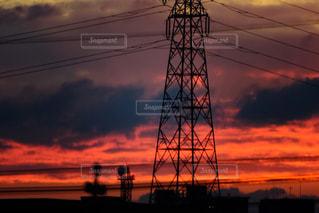 朝焼けと鉄塔の写真・画像素材[1950742]