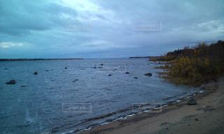 フィンランドとスェーデン国境の海の写真・画像素材[1980392]