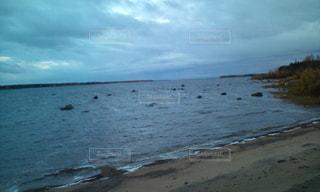 フィンランド スェーデン国境の海の写真・画像素材[1980393]
