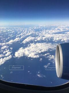ハワイ上空飛行機内の写真・画像素材[1992201]