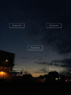 夕闇の写真・画像素材[1969881]