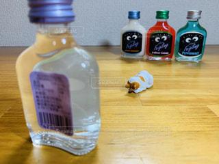 パリピ酒に謝る?ネコの写真・画像素材[2320202]
