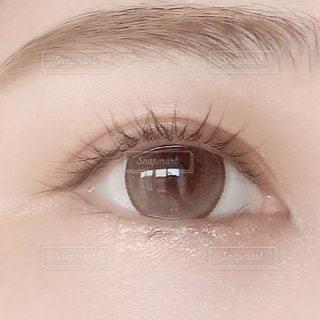 人の目のクローズアップの写真・画像素材[3607749]