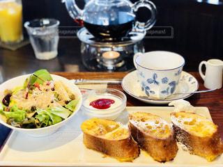 優雅な朝食の写真・画像素材[2081047]