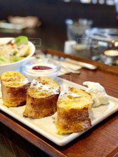 優雅な朝食の写真・画像素材[2081049]