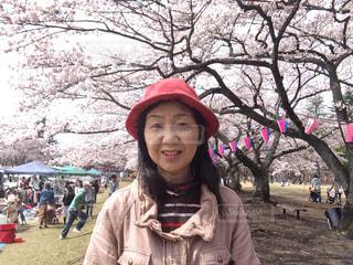 桜と私の写真・画像素材[2003887]