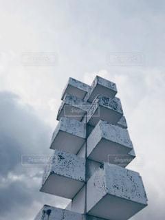 白いオブジェの写真・画像素材[2997468]