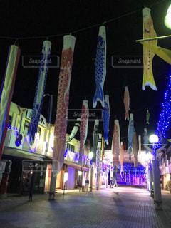 夜の店のフロントの写真・画像素材[2117978]