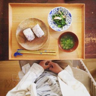 テーブルの上の朝食の写真・画像素材[750670]