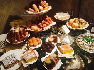 朝食ブッフェの写真・画像素材[1996001]