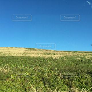 車窓からの景色の写真・画像素材[1975850]