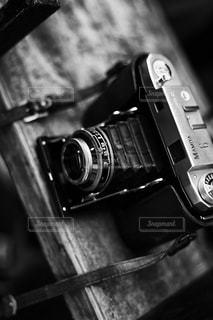 ナイフと黒のカメラの写真・画像素材[764059]