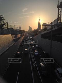首都高速と夕陽の写真・画像素材[2806224]