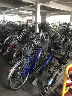 駐輪場の自転車の写真・画像素材[1978155]