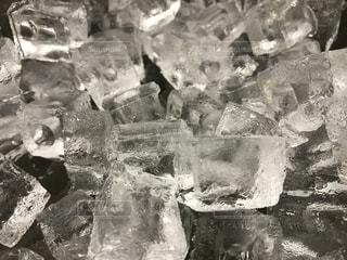 氷の写真・画像素材[2375200]