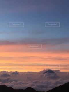 雲と富士山の写真・画像素材[2003954]