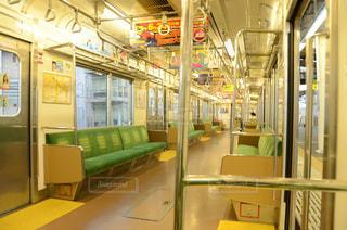 早朝の電車の写真・画像素材[2042588]