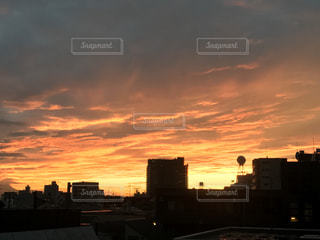 都会の夕焼けの写真・画像素材[2005580]