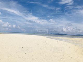 白い砂浜の写真・画像素材[2019573]