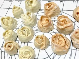 薔薇の形の餃子の写真・画像素材[2022972]