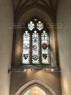 ステンドグラスの窓の写真・画像素材[2038595]