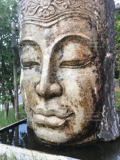 人の石像の写真・画像素材[2447587]