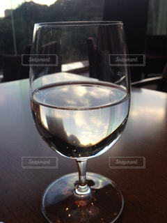 ワイングラスの接写の写真・画像素材[2090118]