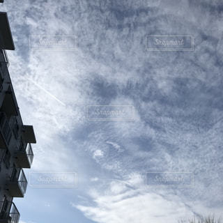 曇りの日の城の写真・画像素材[2852249]