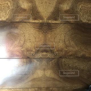 宇宙人の木目の写真・画像素材[2869414]