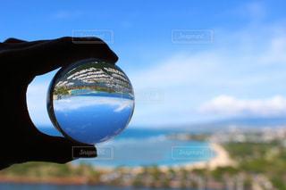 ガラス玉に閉じ込められた停泊所の写真・画像素材[2151812]