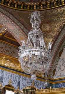イスタンブールの宮殿でのシャンデリアの写真・画像素材[3416878]