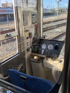 ローカル線の運転席の写真・画像素材[2047158]