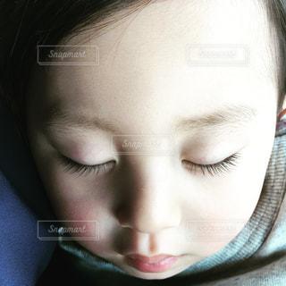 子どもの写真・画像素材[2051209]
