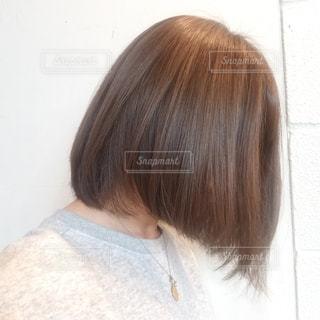 ボブスタイルの髪型の女性の写真・画像素材[2177926]