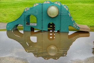 恐竜の水飲み場の写真・画像素材[2292090]
