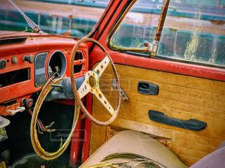 廃車なのに魅了されるの写真・画像素材[2323382]
