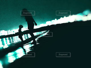 夜の海での写真・画像素材[2408937]