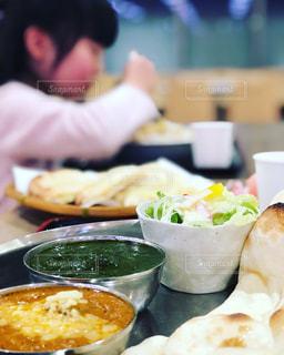 ナンカレーを食べようの写真・画像素材[2064808]