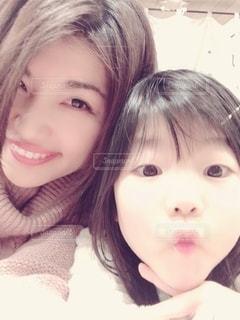 親子モデルの莉子とくーやんの写真・画像素材[2065209]
