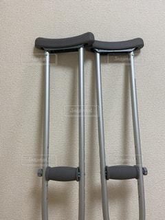 松葉杖の写真・画像素材[3461062]