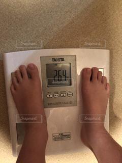 子供の体重の写真・画像素材[2429623]