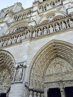 パリ・ノートルダム大聖堂外観の写真・画像素材[2078637]