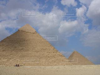 ギザのピラミッドの写真・画像素材[2078797]