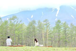 浅間山に抱かれての写真・画像素材[2088398]