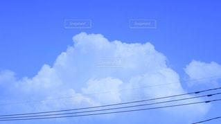 曇り青い空の写真・画像素材[2224439]