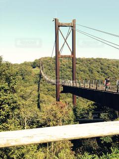 吊り橋の写真・画像素材[2082547]