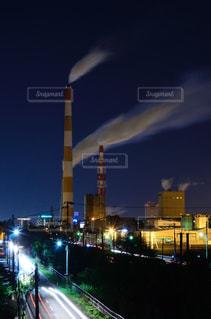 夜の都市の眺めの写真・画像素材[2090278]