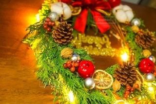 クリスマスリースの写真・画像素材[2683288]