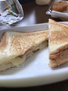 日曜日の朝食の写真・画像素材[2243975]